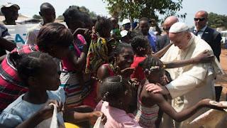 El vídeo del Papa - La Iglesia en África