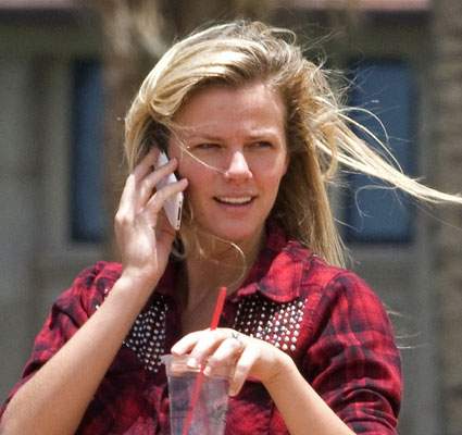 Without Makeup Celebrities Brooklyn Decker Without Makeup