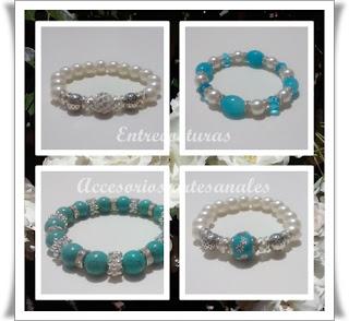 Pulsera perlas blancas y azules. Entrecosturas. Accesorios artesanales