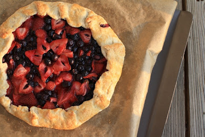 The Traveling Spoon: Mixed Berry Galette: A Pie By Any Other Name