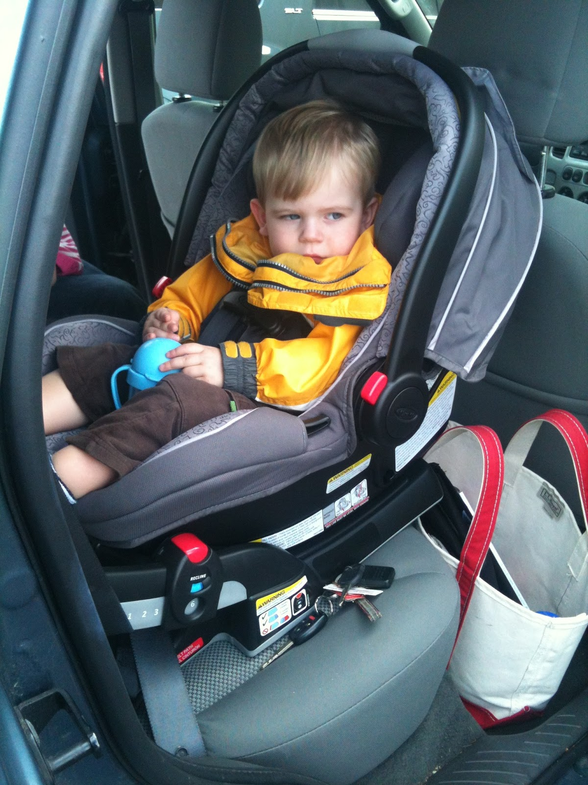 graco snugride click connect 40 car seat review helping you choose healthy real food for your. Black Bedroom Furniture Sets. Home Design Ideas