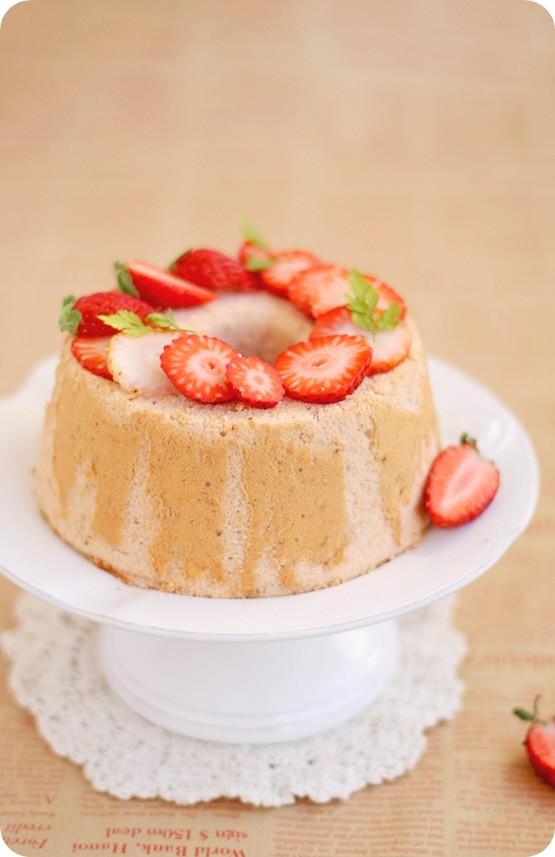 Strawberry Chiffon イチゴシフォンケーキ   Evan's Kitchen ...