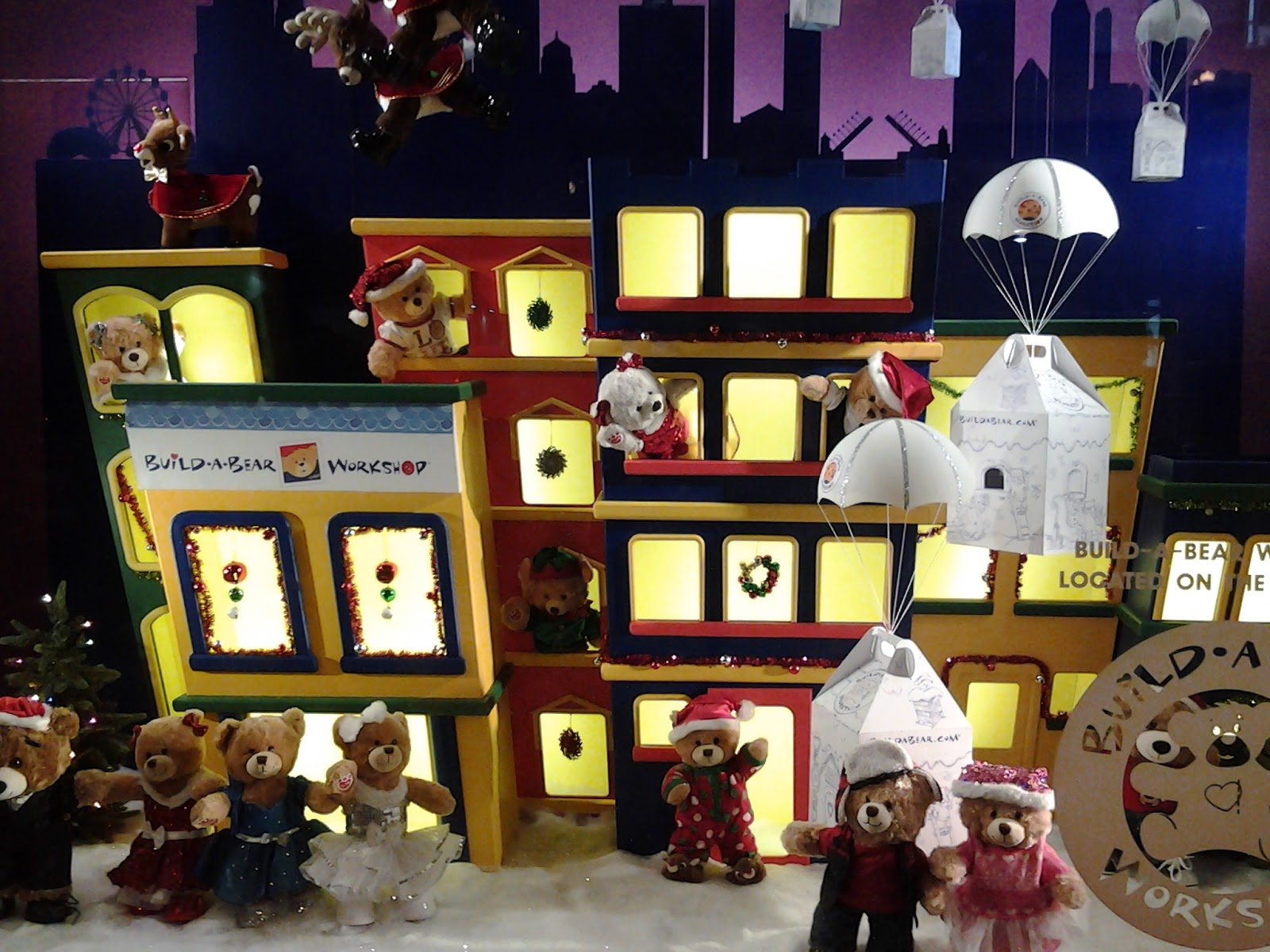 Chicago Macy's Christmas Windows 2014 Build a Bear Villiage