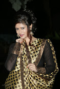 Anchor Shila Chakravarthy latest black saree Photos-thumbnail-11