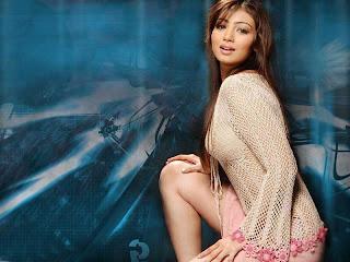 Ayesha Takia Adopting Angelina Jolie Lip Style - HOT Pictures