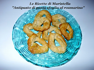 antipasto di pasta sfoglia al rosmarino