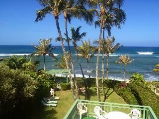 Oahu Hawaii North Shore Vacation Home, Beach/Palm views.