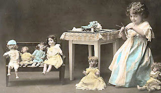 Esen's dolls and puppets