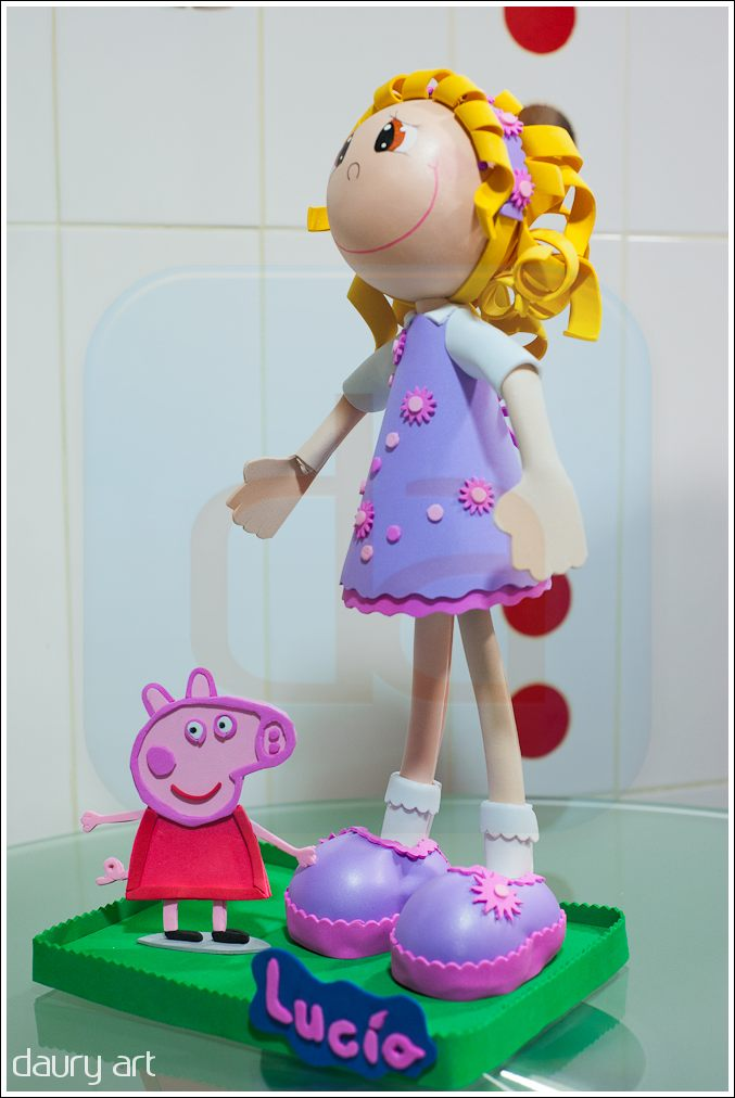 Fofucha Lucia con Peppa Pig