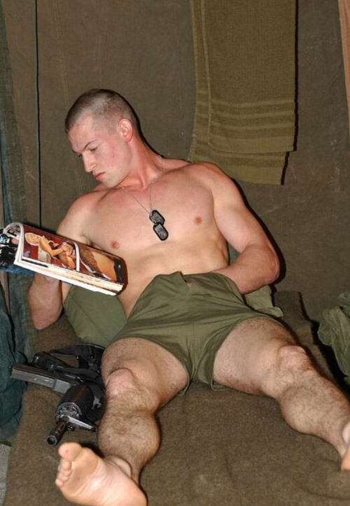naked man in army