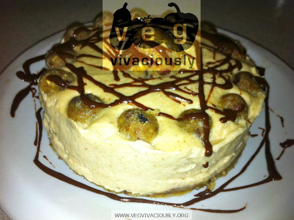 Veg Vivaciously: Mini Raw Vegan Chocolate Chip Cookie Dough Cheesecake