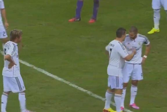 Fake Cristiano Ronaldo interrupts Real Madrid vs Fiorentina friendly