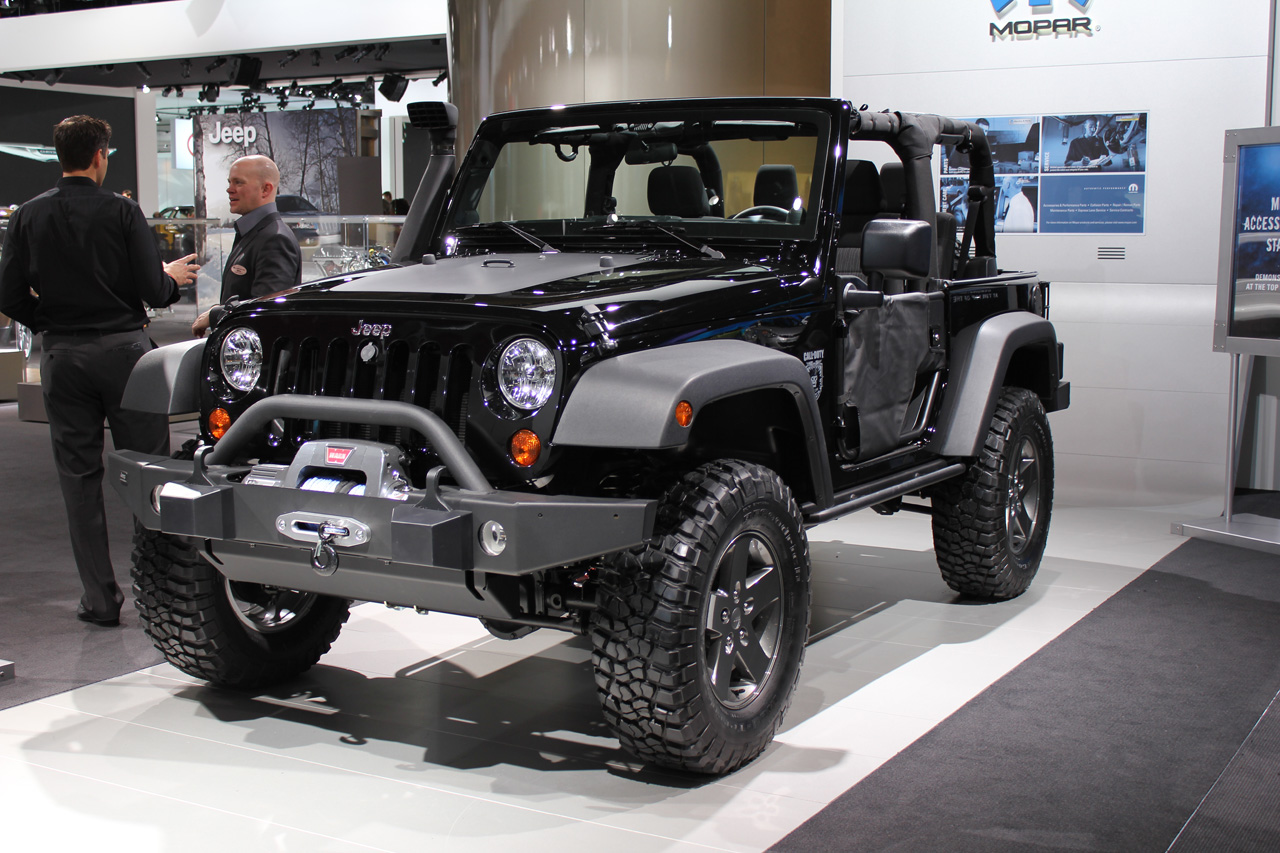 http://1.bp.blogspot.com/-MIAObh7Nmao/T89Y7_vhAnI/AAAAAAAAA9c/uoTUWI9UOZM/s1600/2012-Jeep-Wrangler-Black-Edition-Picture.jpg