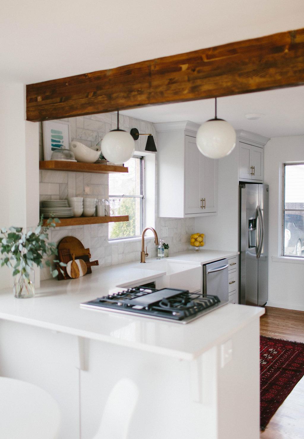 Crystal ann kitchen reveal part ii for Cocinas modernas chiquitas