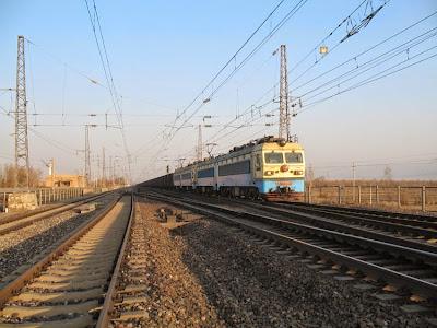 大秦鐵路(601006)