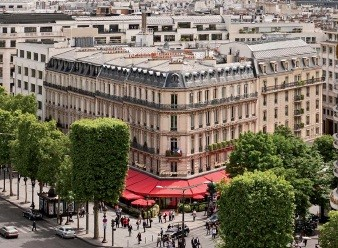 The Hotel Fouquets Barriere Is Not Only First Luxury Parisian To Obtain Famous 5th Star Also A Forerunner In Sustainable