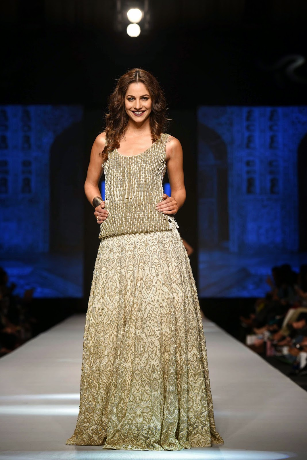 cybil chaudhry Gul Ahmed Telenor Fashion Pakistan Week 2015