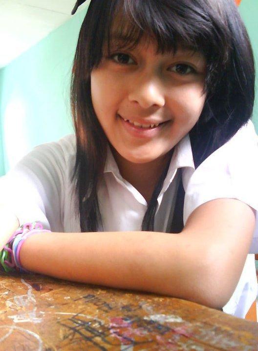 Sexy Indonesian Senior School Girl From Bogor City