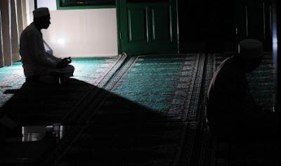 Fadilah I'tikaf di Masjid