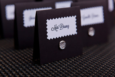 Modern and elegant escort cards