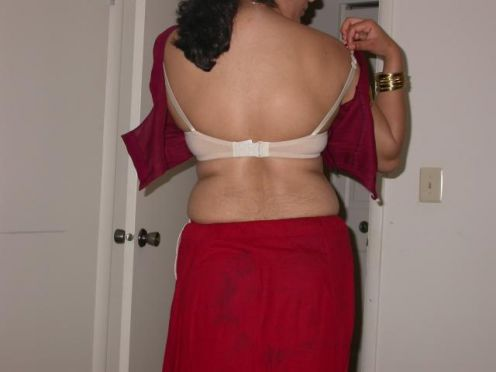 hottest aunty sep 23 2011