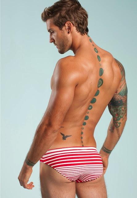 Galeria de fotos do belo modelo Parker Hurley