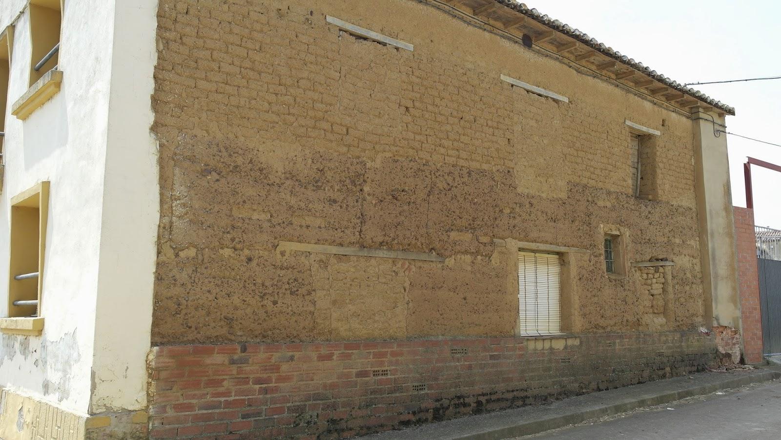 Rehabilitar casa de pueblo affordable casa de pueblo en Reformar casa antigua con poco dinero