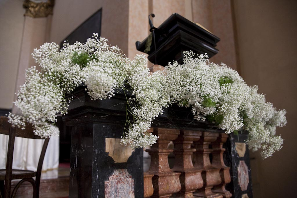 Matrimonio In Bianco : Il giardino sfumato matrimonio bianco lilla