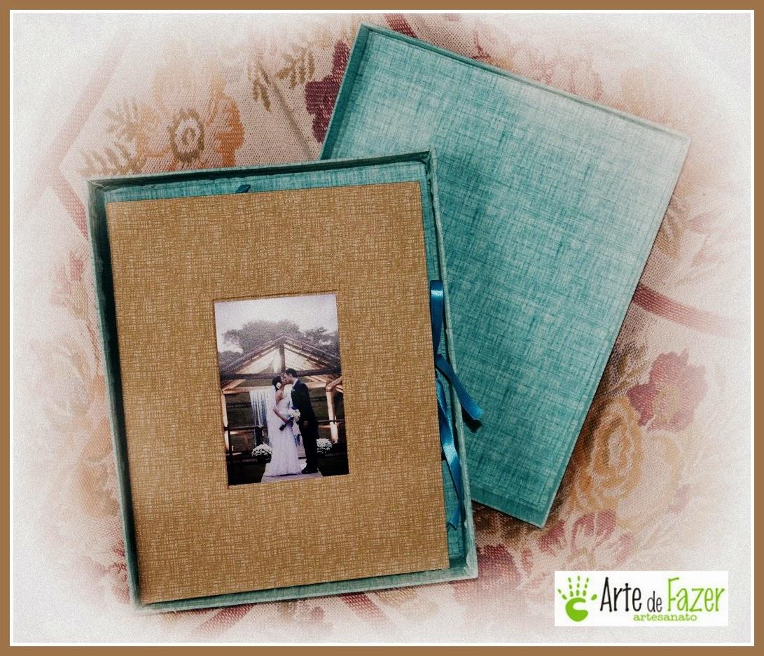 Álbum de casamento em encadernação com caixa