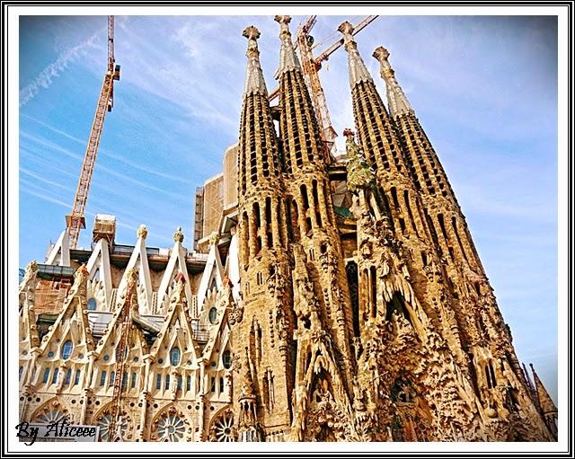 barcelona-sagrada-familia-gaudi