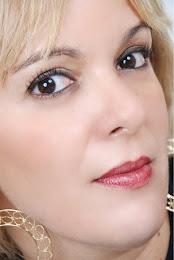 Luciana Simões
