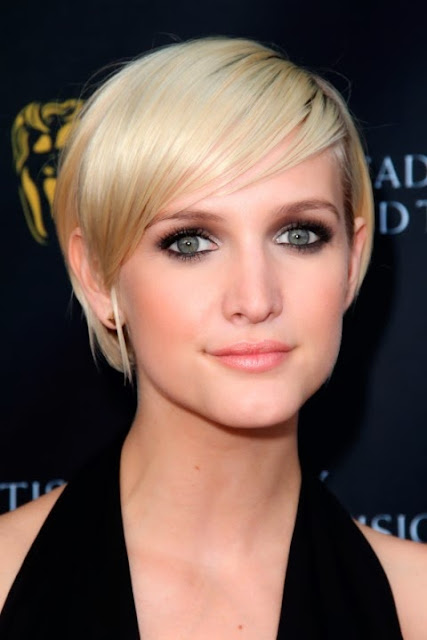 Ashlee Simpson Short Hairstyles Season