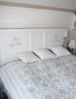 Sänggavel spegeldörr