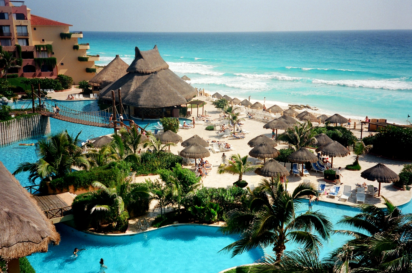 Cancun top attraction place of mexico world for travel for Best beach resorts in the world