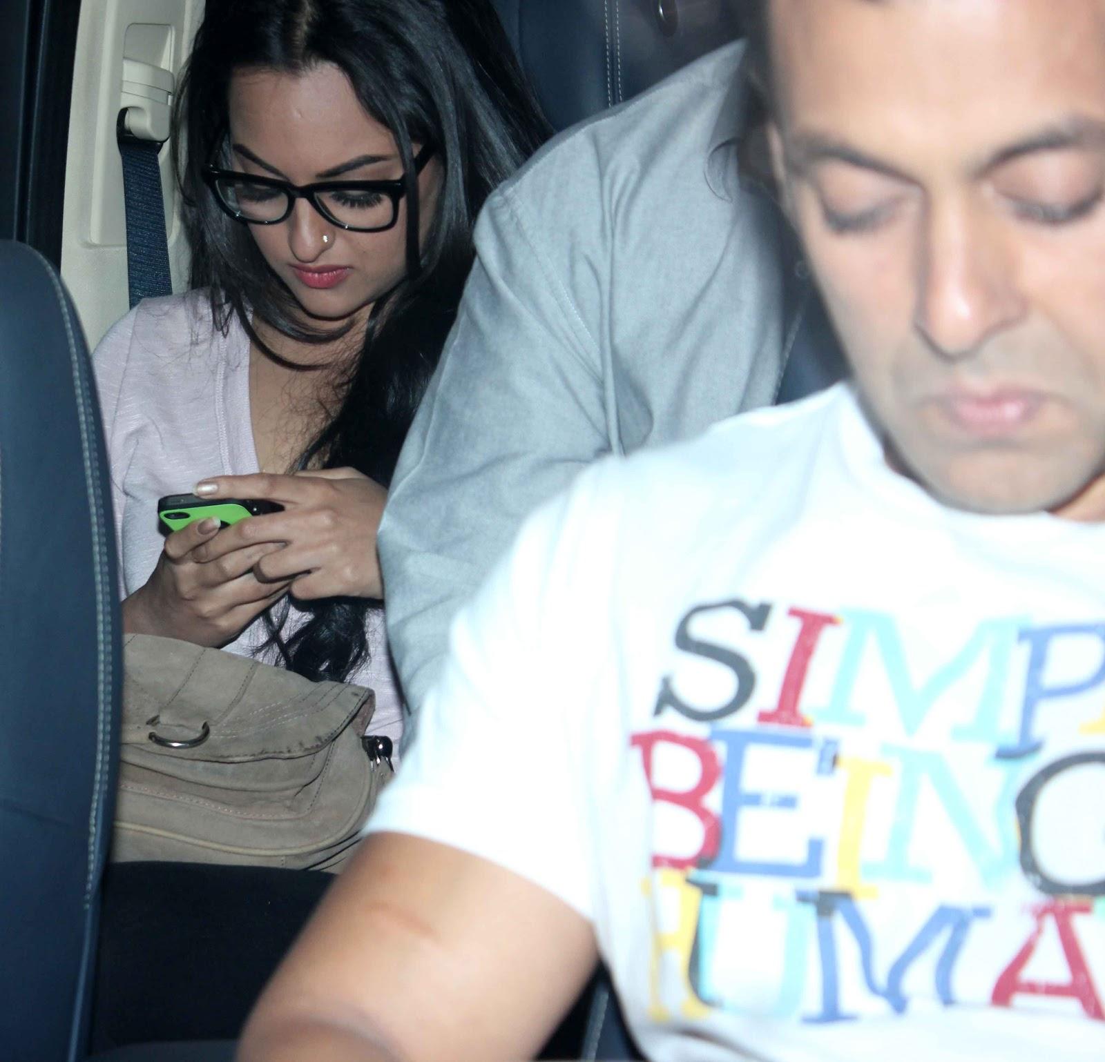 Salman Khan & Sonakshi Sinha at Special Screening of Life of Pi