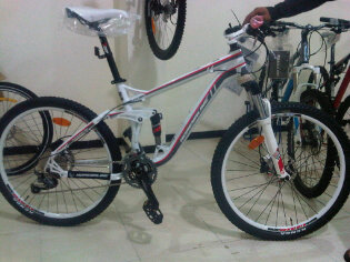 Aneka Jaya Bike Shop  Adrenaline Agent XC 3 0