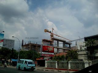 Kota Cirebon - Pembangunan Hotel Luxton Jl. Kartini