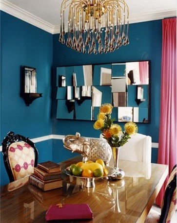 Style inspiration peacock blue to deep teal walls swoon for Peacock dining room ideas