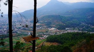Wana Wisata Gunung Banyak, Paralayang & Omah Kayu
