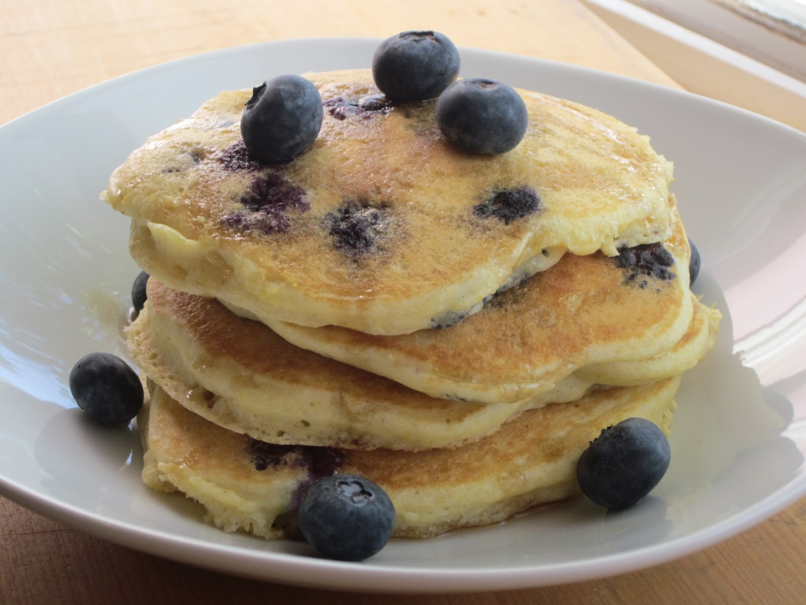 Sweet Luvin' In The Kitchen: Blueberry Cornmeal Pancakes