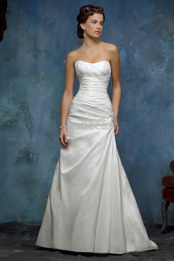 Cheerleaders sport world cute wedding dress for Cute white wedding dresses