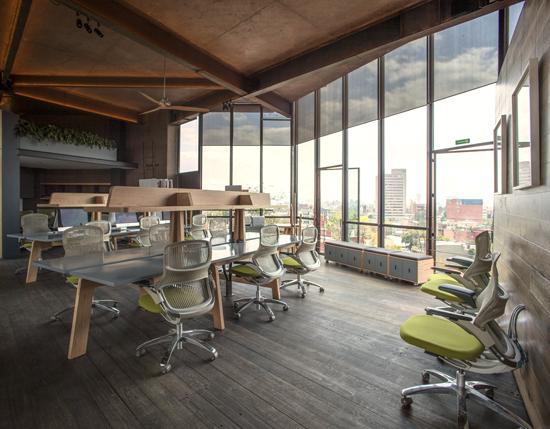 Podio proyecto oficinas cm2 for Interiorismo oficinas