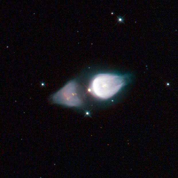 Hubble captures rare Protoplanetary Nebula Minkowski 92