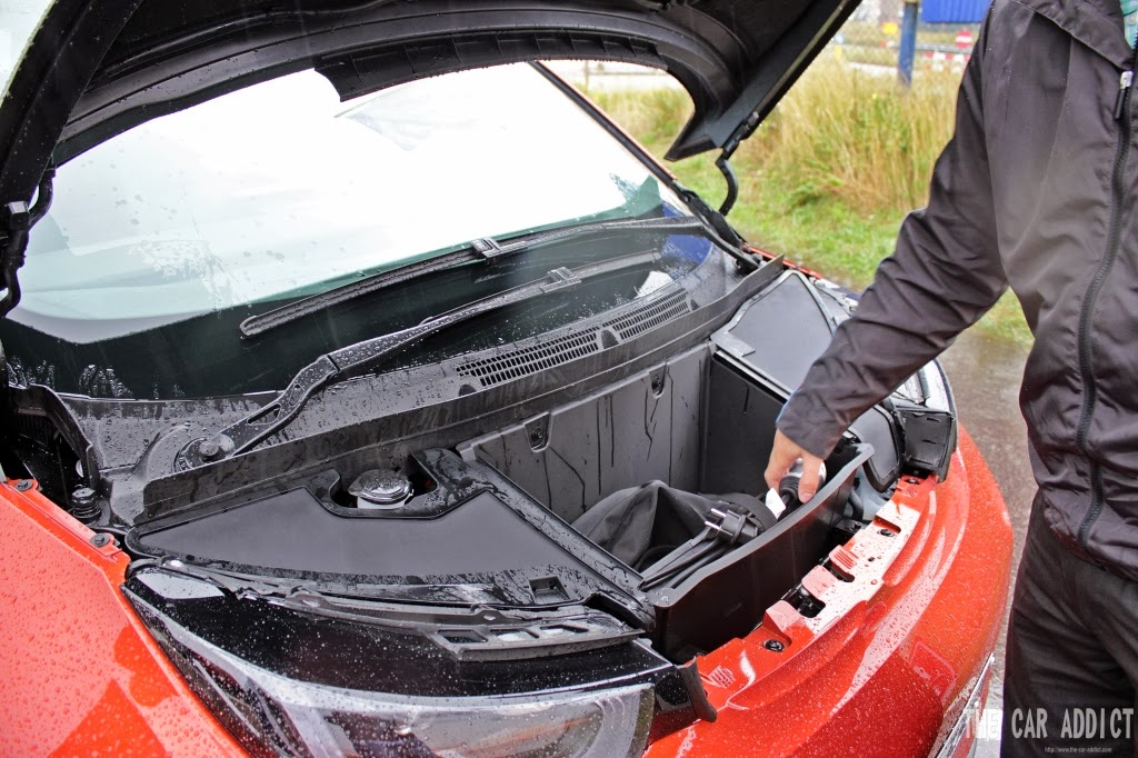 front hood open bmw i3 to charge
