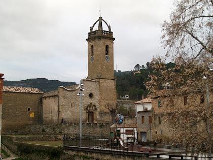 L'església de Sant Feliu des del Pont del Rector