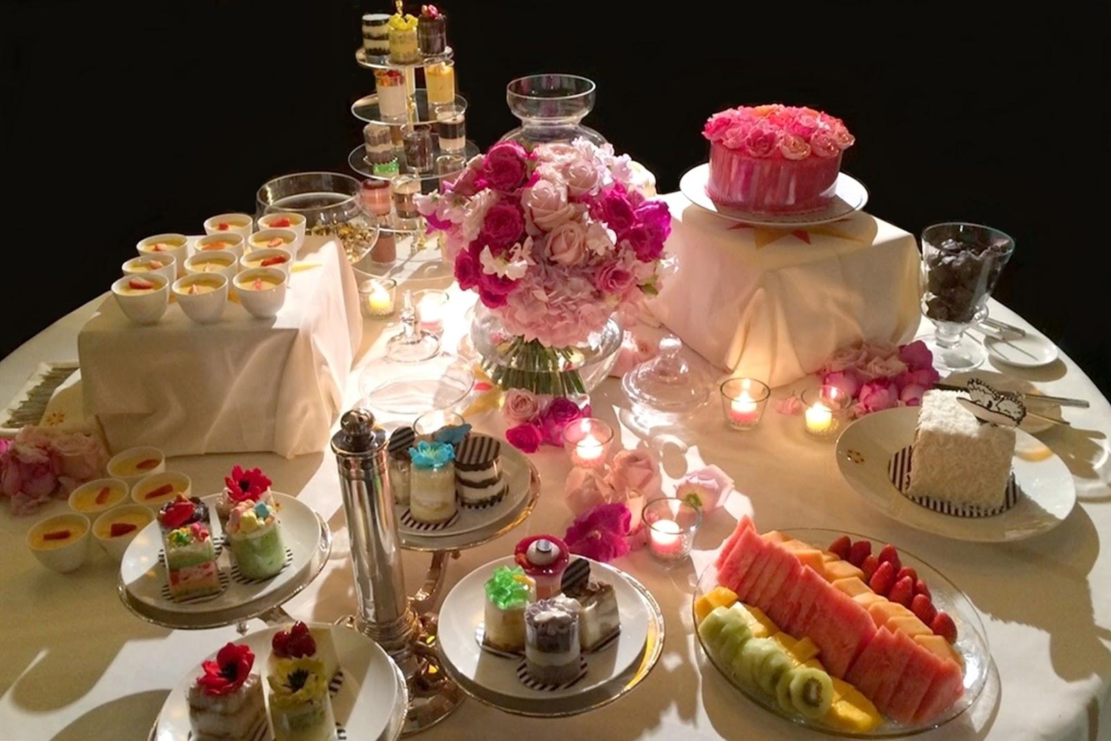 Divine floréal retro chic th wedding anniversary celebration
