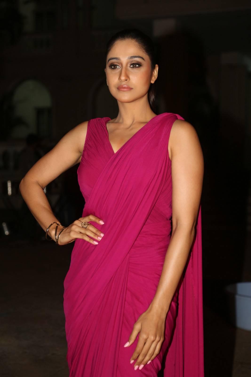 Regina Cassandra Stills At Soukyam Movie Press Meet