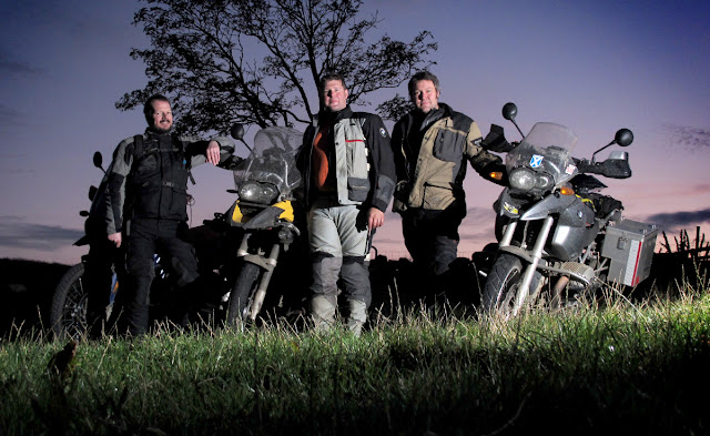 WIRELESS FLASH BMW GS AND KTM ADVENTURE
