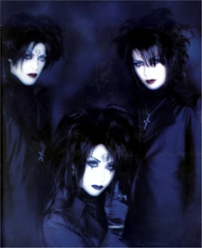 ۞† Moi Dix Mois †۞