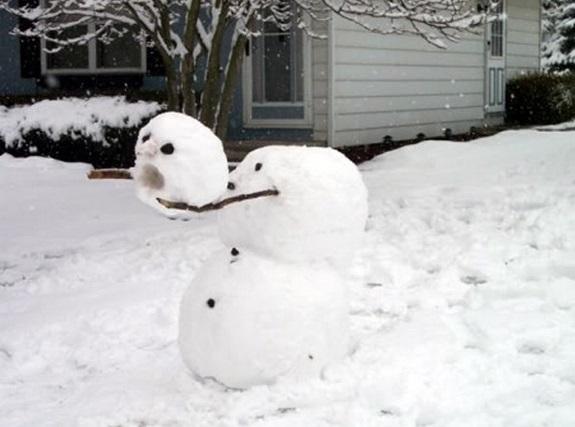 Muñecos de nieve graciosos